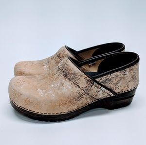 Sanita Leather Shimmery Clogs